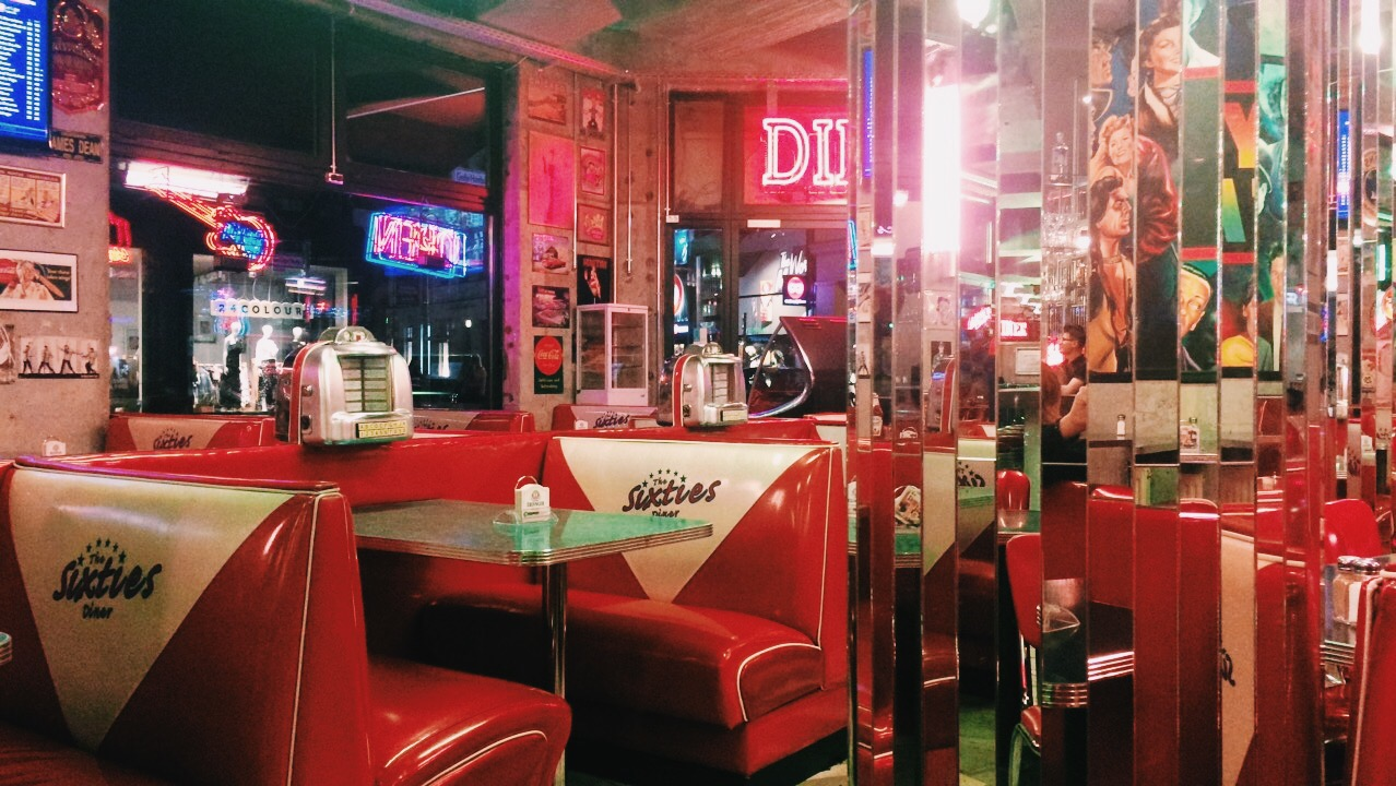 60 S Diners Are So Aesthetically Pleasing I Cant Aesthetic 60s Diner Chemicalchlorine Vsco